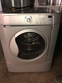 Washer and dryer , not matching Windsor, N8T 2Y8