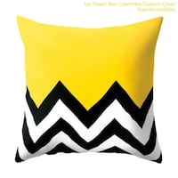 white and black chevron print throw pillow case  Richmond Hill, L4C 2X3