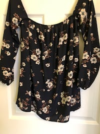 Brand new Navy floral blouse.