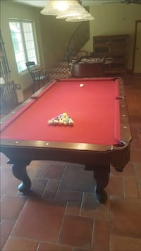 Connelly billiards pool table with accessories Alpine, 91901