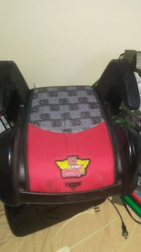 Carseat and booster seat for sale Edmonton, T6C 1N3