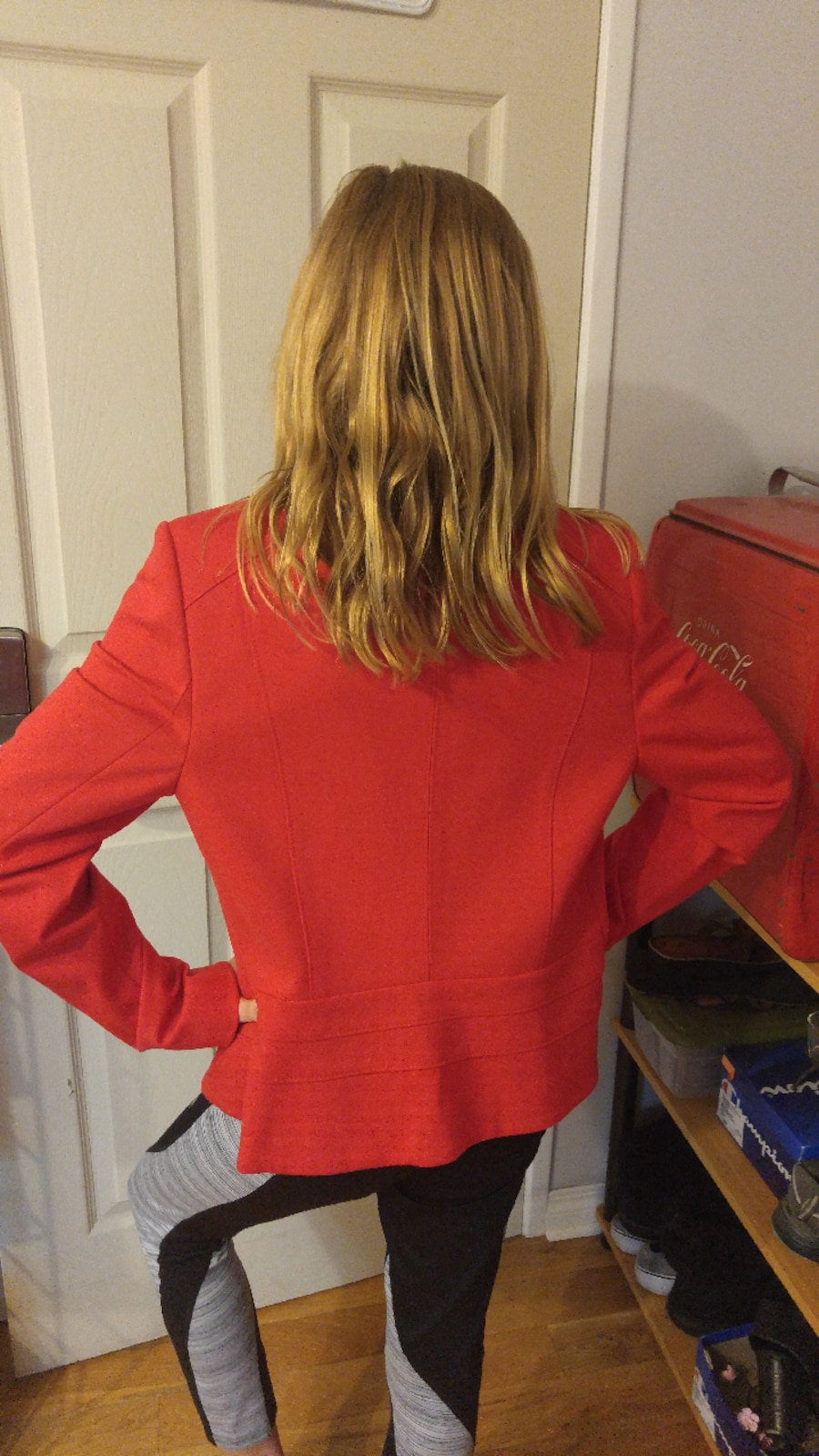 Laura size 4 Red suit jacket - Alberta