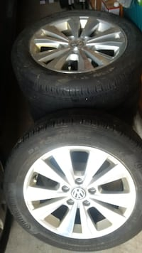 "16"" VW OEM ALLOYS WITH ALL SEASON TIRES IN GREAT SHAPE Essa"