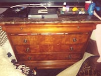 brown wooden 3-drawer chest Los Angeles, 91306
