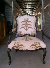 Antique carved wood chair Dallas, 75248