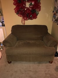 Loveseat Couch Niles, 44446
