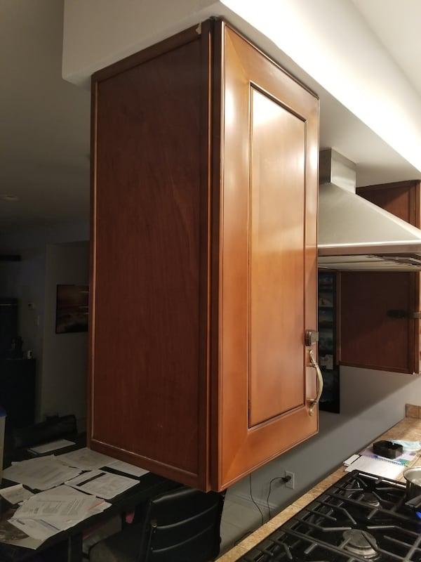 Wooden cabinets  d7174a91-acdb-4666-af06-806379870c7f