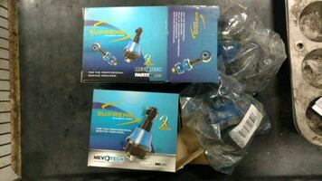 Ball joints01nissan frontier 3.3L