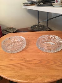 Pin Wheel Crystal Ashtrays/candy dish (large) negotiable  Montréal, H2B 2H8