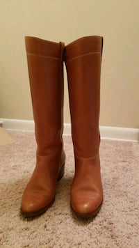 Vintage leather boots fits size 7.5 to 8 Glen Burnie, 21060