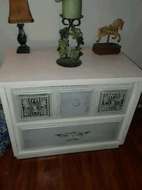 Shabby chic night stand  822 mi