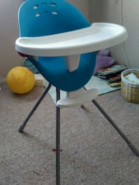white and blue high chair Edmonton, T6V 0B6
