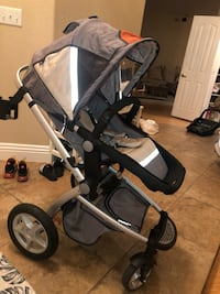 maxi Cosi stroller and free matching car seat