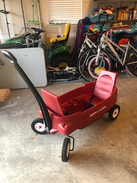 Radio Flyer Wagon Arlington, 22203