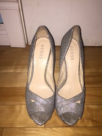 Guess shoes Kitchener, N2N 2A5