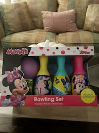 Minnie bowling seat new never open  Gloucester City