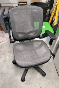 Rolling Adjustable Office Chair Las Vegas, 89148