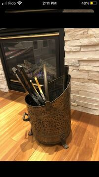 Brass bucket for fireplace wood Vaughan, L6A 3R3