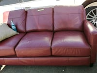 Red leather couch new Penngrove, 94951