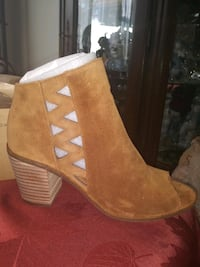 Brand new Lucky Brand Cedar Oiled Suede Booties Size 8 and 8 1/2