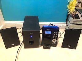 TEAC MC-DX50i 2.1 channel ultra thin Ipod Dock Hi-Fi Dock and Subwoofer EUC