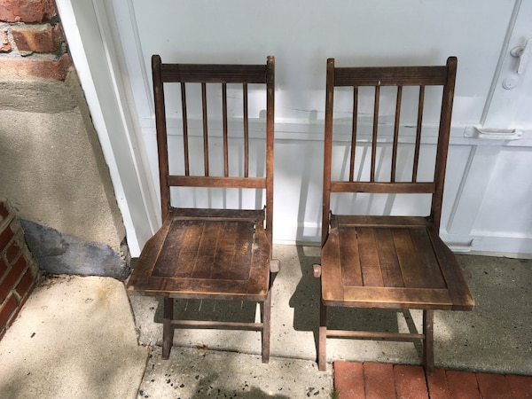 Old Wooden Folding Chairs.5 Antique Wooden Folding Chairs