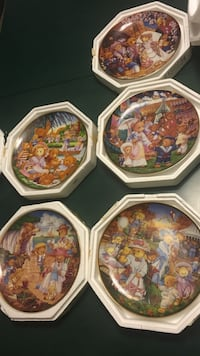 Teddy Bear Plates LOT Milton, L9T 1T8