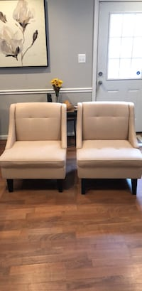 two white leather padded armchairs Woodbridge, 22192