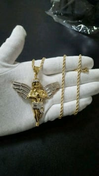 """Large 10K Gold Angel + 10K Gold Rope Chain 3mm 22"""" Mississauga, L4Y 4G4"""