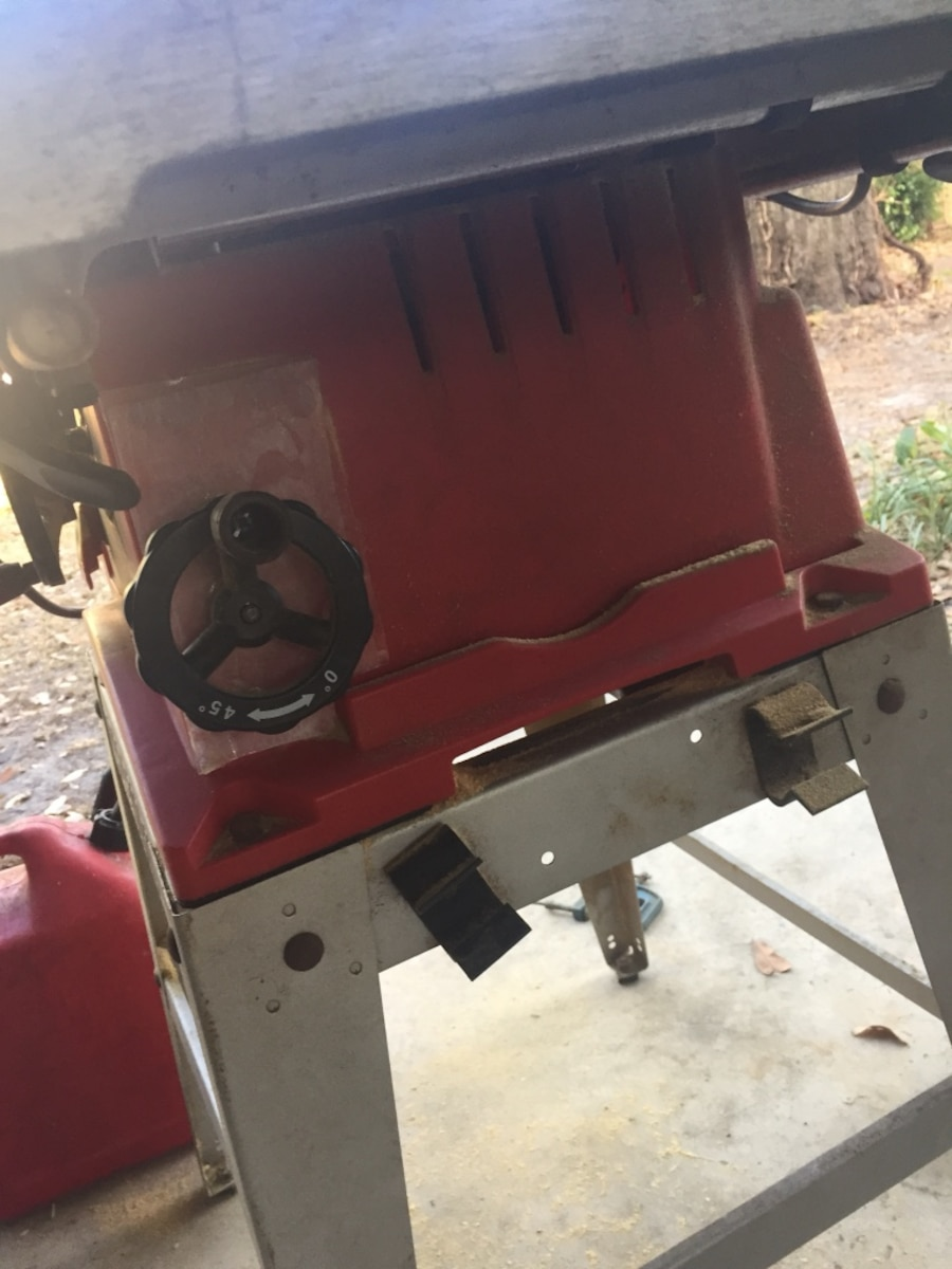 Red and gray tradesman bench table saw in orlando letgo for 10 tradesman table saw