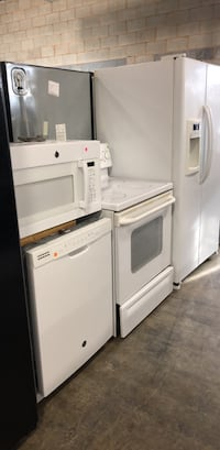 white top-mount refrigerator Chantilly, 20151