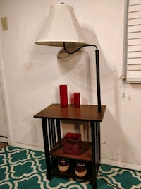 Nice wooden table with lamp and shelves in very go 33 km
