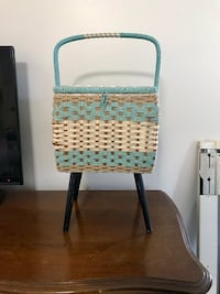 Vintage Eatons sewing knitting crocheting basket