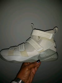 pair of white Nike basketball shoes Upper Marlboro, 20774