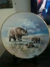 Bears Collector's Collectible Plate 1819 mi