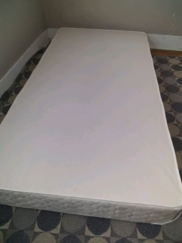 Twin size bed: Mattress and box spring - $25 5ae3c419-a745-4fb0-9919-64171b8ee28f