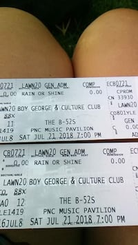 4 concert tickets Morganton, 28655