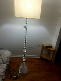 white and brown table lamp Laval, H7M 2J2