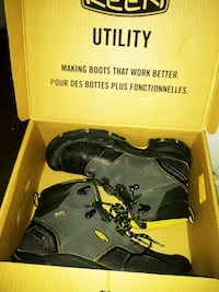 Work Boots, Steel Toe. (Like New!!!)
