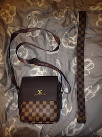 Lv Belt And Side Bag (Combo) Ottawa, K1V 2G3