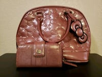 PEARL PINK LOUNGEFLY HELLO KITTY PURSE AND WALLET  El Paso, 79936