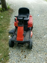 red and black ride-lawn mower Cromwell, 46732