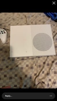 Xbox one s with 2 controller