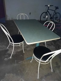 Vintage retro cafe table with 4 Hauser iron chairs 549 km