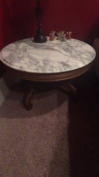 Antique marble side table   Damascus, 20872