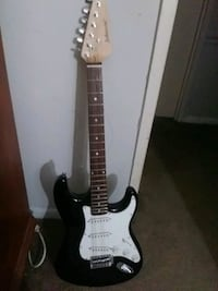 black and white stratocaster guitar Silver Spring, 20904