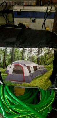 20 man tent brand new never use  Youngstown, 44512