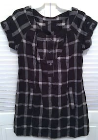 BLACK AND WHITE PLAID SHORT SLEEVE M/L UNBRANDED DRESS Broomall