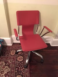 Red office chair Ardmore, 19003
