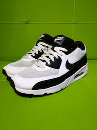 USED Nike Air Max Ultra 2.0 (Men)